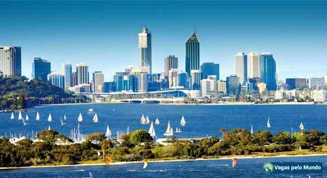 Cidade australiana de Perth tem mais de 2 mil vagas abertas