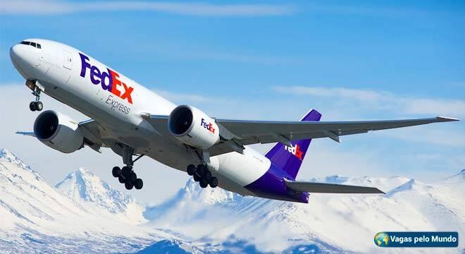 FedEx tem mais de 1500 vagas abertas