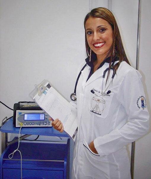 Médica brasileira na França