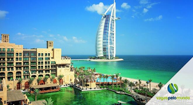 salários nos Emirados Arabes Unidos
